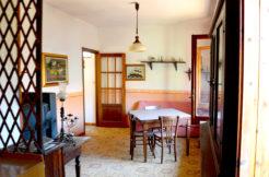 Bonarcado abitazione indipendente con cortile e garage